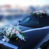 Свадебные украшения на машину №21