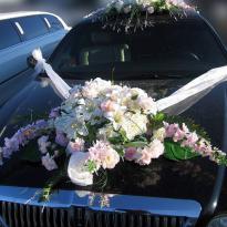 Свадебные украшения на машину №22