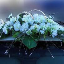 Свадебные украшения на машину №25